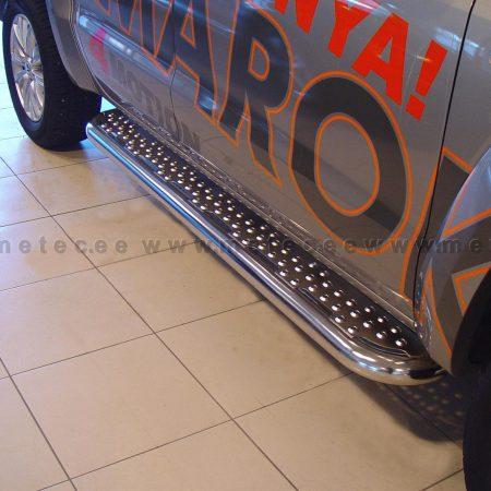 Volkswagen Amarok (2010-) – Metec 4x4 Stigtrinn