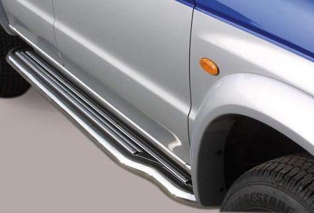 Mazda B-2500 (2003-) – Misutonida 4x4 Stigtrinn